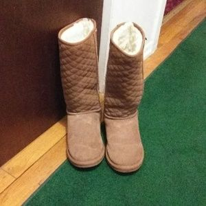 EMU Boots cute for the winter days